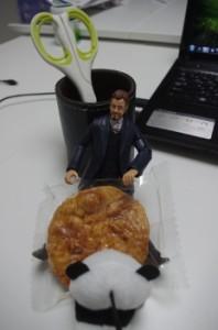 「お昼にしようぜ!」リチャードは会議が嫌い。