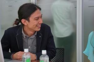 ディレクターの田中さん。 田中さんもチーム内の担当はおそらくツッコミ