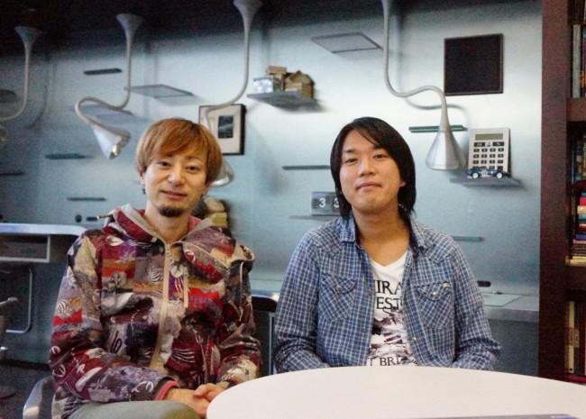 新小田プロデューサと松永ディレクター。 後日開発チームの皆さんに特製ケーキをお持ちする予定です!
