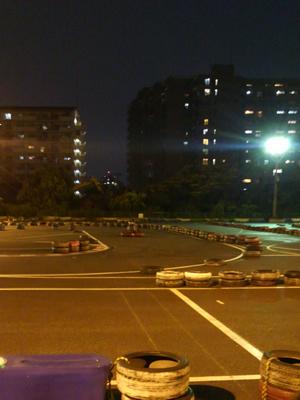 すごく分かりにくいですが昨日のレース場です。