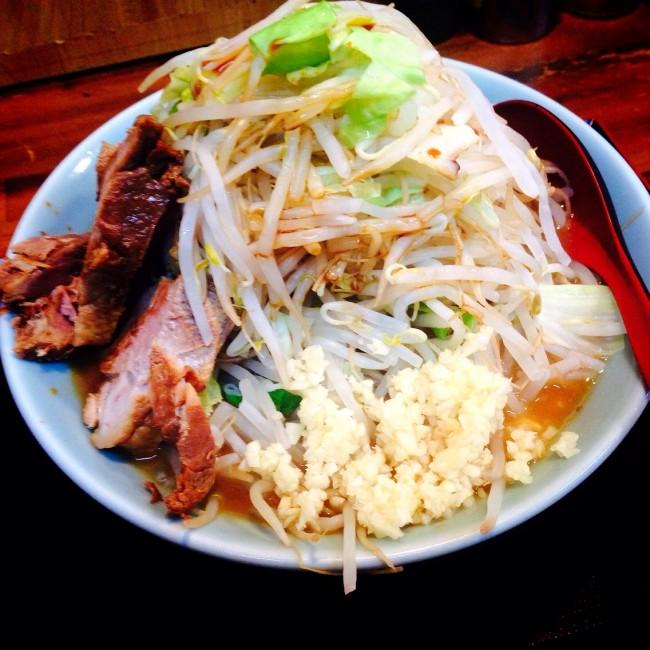 東京の誇るラーメン、西武新宿線・野方の「味噌麺処 花道」の限定ラーメンです。