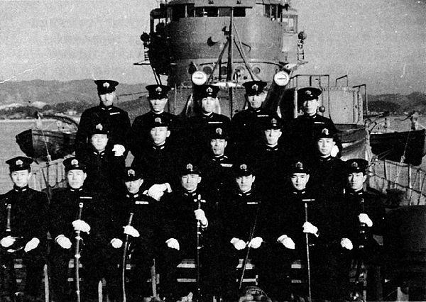 600px-Akigumo_19_January_1944