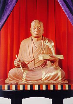 画像出典:http://www.nara-yakushiji.com/guide/hotoke/hotoke_genjyo.html