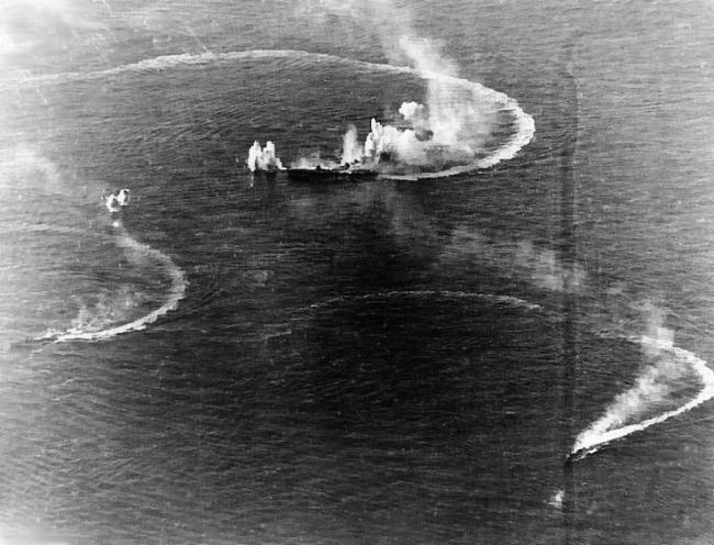 画像出典:https://ja.wikipedia.org/wiki/マリアナ沖海戦