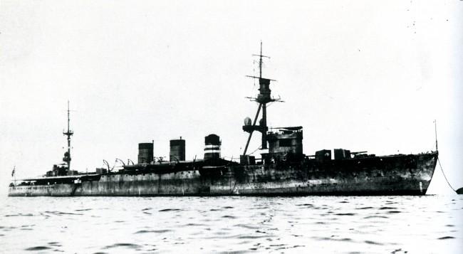 画像出典:https://ja.wikipedia.org/wiki/大井 (軽巡洋艦)