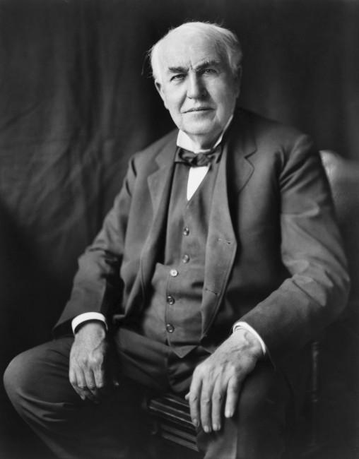 画像出典:https://ja.wikipedia.org/wiki/トーマス・エジソン