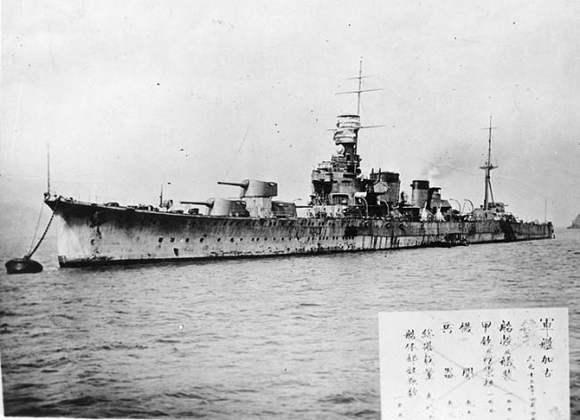 画像出典:https://ja.wikipedia.org/wiki/加古_(重巡洋艦)