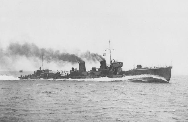 水無月 (睦月型駆逐艦) 画像出典:https://ja.wikipedia.org/wiki/水無月_(睦月型駆逐艦)