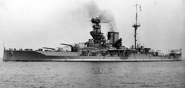 ヴァリアント (戦艦) 画像出典:https://ja.wikipedia.org/wiki/ヴァリアント_(戦艦)