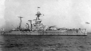 マレーヤ (戦艦) 画像出典:https://ja.wikipedia.org/wiki/マレーヤ_(戦艦)