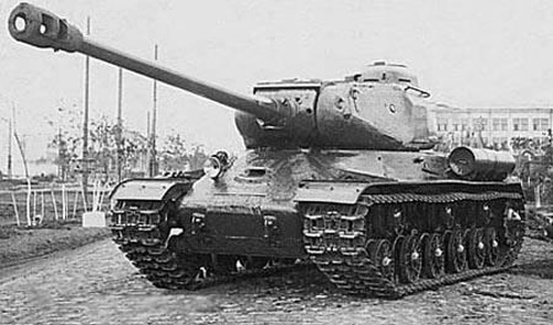 IS-2 画像出典:http://ruse.chagasi.com/weapon/su/is2.html