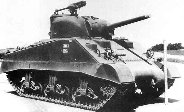 M4A3中戦車 画像出典:http://military.sakura.ne.jp/army/us_mt-m4.htm