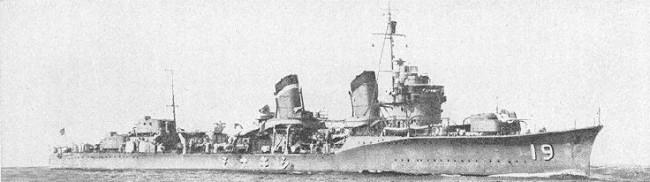 画像出典:https://ja.wikipedia.org/wiki/敷波_(吹雪型駆逐艦)