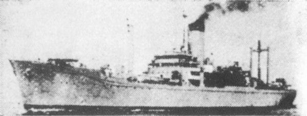 画像出典:https://ja.wikipedia.org/wiki/伊良湖_(給糧艦)
