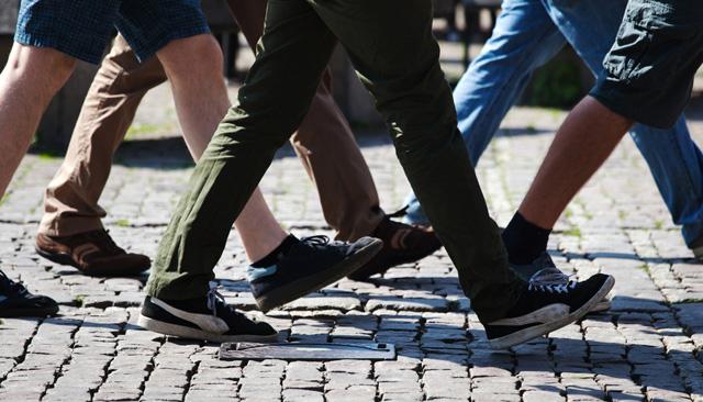 140512walking-thumb-640x366-74528