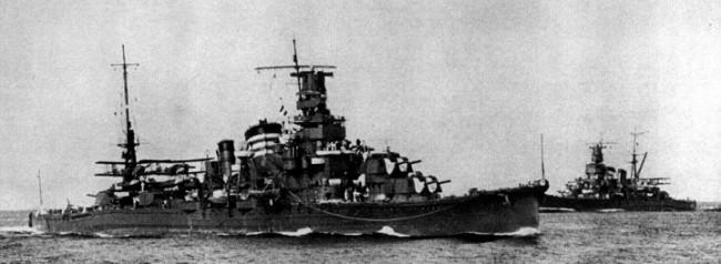 画像出典:https://ja.wikipedia.org/wiki/古鷹_(重巡洋艦)