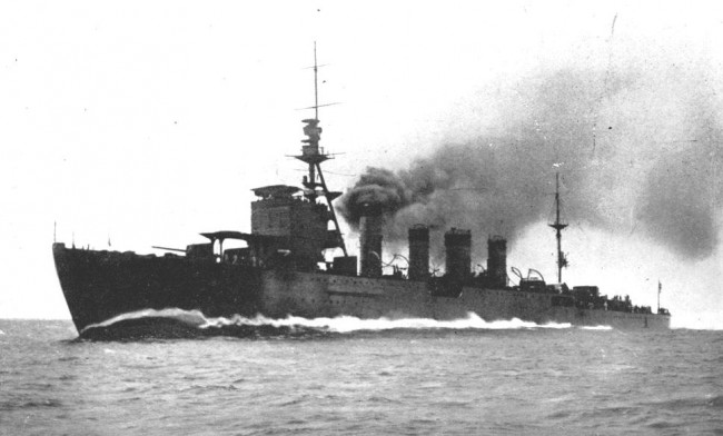 画像出典:https://ja.wikipedia.org/wiki/川内_(軽巡洋艦)